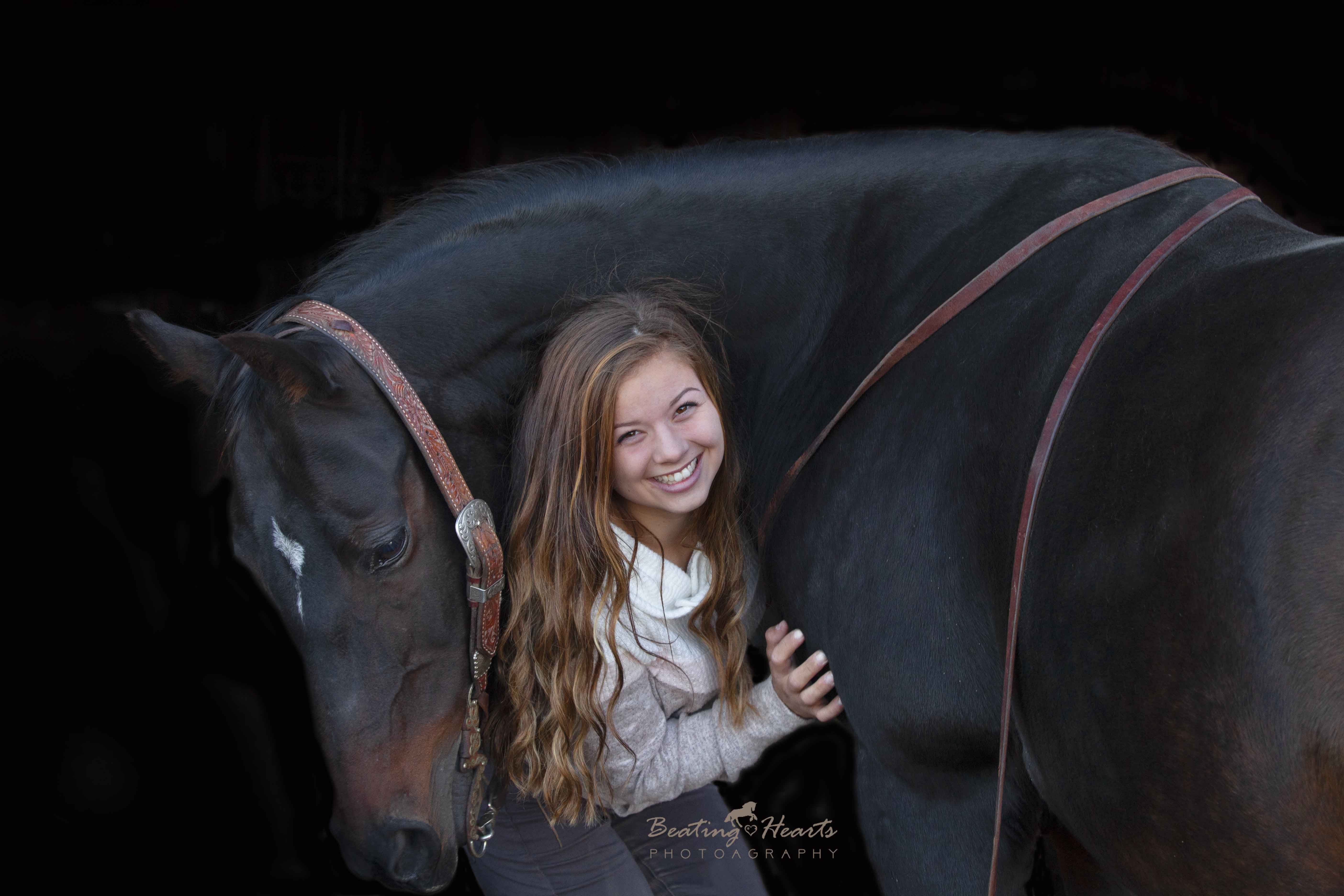 black background horse equine portrait senior photos oregon willamette valley